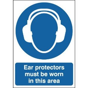 297x210mm Ear protectors must be worn in this area - Rigid